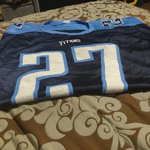 Tennessee Titans jersey, cap, and visor